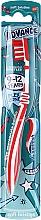 Parfums et Produits cosmétiques Brosse à dents souple, rouge-blanc - Aquafresh Advance Soft