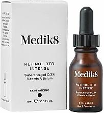 Parfums et Produits cosmétiques Sérum de nuit au rétinol 0,3% pour visage - Medik8 Retinol 3TR+ Intense