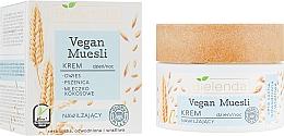 Parfums et Produits cosmétiques Crème à l'avoine et blé pour le visage - Bielenda Vegan Muesli Face Cream