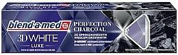 Parfums et Produits cosmétiques Dentifrice blanchissant à l'extrait de charbon - Blend-a-med 3D White Luxe Charcoal