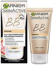 Parfums et Produits cosmétiques Garnier Skin Active BB Cream Original 5in1 Daily Moisturiser - BB-crème à la vitamine C pour visage SPF 15