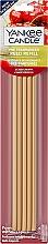 Parfums et Produits cosmétiques Bâtonnets parfumés, Cerise griotte (recharge) - Yankee Candle Black Cherry Pre-Fragranced Reed Refill