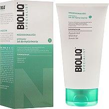 Parfums et Produits cosmétiques Gel exfoliant pour visage - Bioliq Specialist Exfoliating Face Gel