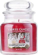 Parfums et Produits cosmétiques Bougie parfumée en jarre Magie de Noël - Yankee Candle Christmas Magic