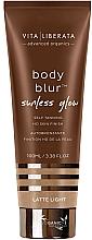 Parfums et Produits cosmétiques Autobronzant à l'aloe vera pour visage et corps - Vita Liberata Body Blur Sunless Glow