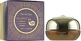 Parfums et Produits cosmétiques Crème à la bave d'escargot pour le contour des yeux - FarmStay Escargot Noblesse Intensive Eye Cream