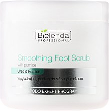 Parfums et Produits cosmétiques Gommage à l'urée pour pieds - Bielenda Professional Podo Expert Program Smoothing Foot Scrub With Urea and Pumice