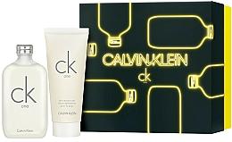 Parfums et Produits cosmétiques Calvin Klein CK One - Coffret (eau de toilette/200ml + lotion corporelle/200ml)