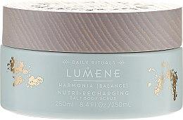 Parfums et Produits cosmétiques Gommage nourrissant et régénérant au sel pour corps - Lumene Harmonia Nutri-Recharging Salt Body Scrub