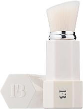 Parfums et Produits cosmétiques Pinceau à poudre oblique, blanc - Fenty Beauty by Rihanna Portable Touch Up Brush