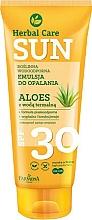Parfums et Produits cosmétiques Émulsion solaire à l'aloe vera waterproof - Farmona Herbal Care Sun SPF 30