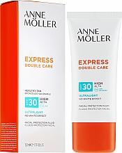 Parfums et Produits cosmétiques Fluide solaire pour visage - Anne Moller Double Care Ultralight Facial Protection Fluid SPF30