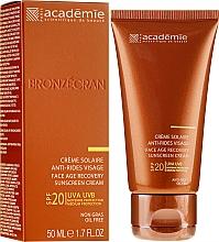 Parfums et Produits cosmétiques Crème solaire anti-rides pour visage, SPF 20+ - Academie Bronzecran Face Age Recovery Sunscreen Cream