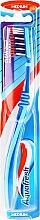 Parfums et Produits cosmétiques Brosse à cheveux medium, bleu et bleu de ciel - Aquafresh Clean Deep Medium