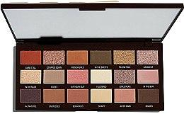Parfums et Produits cosmétiques Palette de fards à paupières, 18 couleurs - Makeup Revolution I Heart Revolution Chocolate Palette