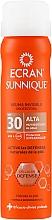 Parfums et Produits cosmétiques Brume solaire transparente pour corps - Ecran Sunnique Spray Protection SPF30