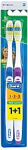 Parfums et Produits cosmétiques Lot de 2 brosses à dents medium, bleu + violet - Oral-B 1 2 3 Maxi Clean 40 Medium 1+1