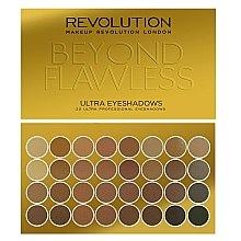 Parfums et Produits cosmétiques Palette de fards à paupières, 32 couleurs - Makeup Revolution Ultra 32 Shade Palette Beyond Flawless