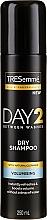 Parfums et Produits cosmétiques Shampooing sec - Tresemme Day 2 Volumising Dry Shampoo