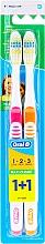 Parfums et Produits cosmétiques Lot de 2 brosses à dents medium, orange + rose - Oral-B 1 2 3 Maxi Clean 40 Medium 1+1