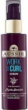 Parfums et Produits cosmétiques Sérum à l'huile de jojoba pour cheveux - Aussie Work That Curl Hair Serum