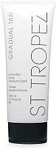 Parfums et Produits cosmétiques Lait autobronzant pour corps - St. Tropez Gradual Tan Classic Body Lotion Medium/Dark