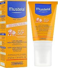 Lait solaire sans parfum pour enfants - Mustela Bebe Enfant Very High Protection Face Sun Lotion SPF 50+ — Photo N1