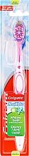 Parfums et Produits cosmétiques Brosse à dents médium, rose - Colgate Max White Medium With Polishing Star