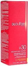 Parfums et Produits cosmétiques Lait protecteur à l'huile de rose pour corps - Decleor Aroma Sun Expert Protective Hydrating Milk SPF30