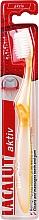 Parfums et Produits cosmétiques Brosse à dents, souple, jaune - Lacalut Aktiv