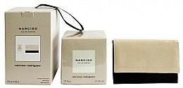 Parfums et Produits cosmétiques Narciso Rodriguez Narciso - Coffret cadeau (eau de parfum/ 50ml + pochette)