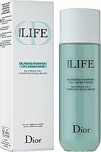 Parfums et Produits cosmétiques Eau fraîche 2 en 1, hydratation rééquilibrante - Dior Hydra Life Balancing Hydration 2-in-1 Sorbet Water