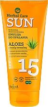 Parfums et Produits cosmétiques Émulsion solaire à l'aloe vera waterproof - Farmona Herbal Care Sun SPF 15