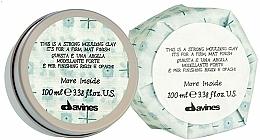 Parfums et Produits cosmétiques Argile coiffante à effet mat,tenue forte - Davines More Inside Strong Moulding Clay