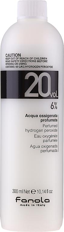 Émulsion oxydante 6% - Fanola Acqua Ossigenata Perfumed Hydrogen Peroxide Hair Oxidant 20vol 6%
