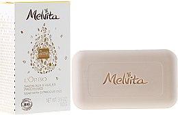 Parfums et Produits cosmétiques Savon aux 5 huiles bio pour visage et corps - Melvita L'Or Bio Soap
