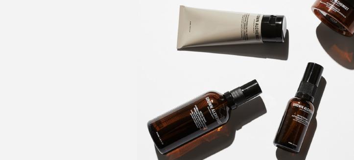 Lors de l'achat de tout produit de la marque Grown Alchemist, vous recevrez une miniature de la crème de jour en cadeau