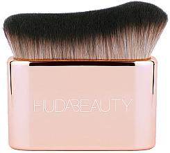 Parfums et Produits cosmétiques Pinceau fond de teint et contouring pour visage et corps - Huda Beauty N.Y.M.P.H. Blur & Glow
