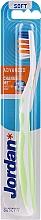 Parfums et Produits cosmétiques Brosse à dents, souple, Advanced, blanc-vert - Jordan Advanced Soft Toothbrush