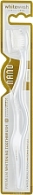 Parfums et Produits cosmétiques Brosse à dents blanchissante, médium, blanc - WhiteWash Laboratories Nano Whitening Toothbrush