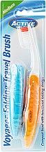 Parfums et Produits cosmétiques Brosse à dents de voyage, orange - Beauty Formulas Voyager Active Folding Dustproof Travel Toothbrush Medium
