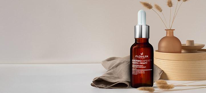 À l'achat d'un produit promotionnel Floslek, vous recevez un peeling éclaircissant aux acides AHA pour visage