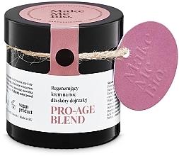Parfums et Produits cosmétiques Crème de nuit à l'extrait de graines de prune et huile d'arnica - Make Me BIO Anti-Aging Night