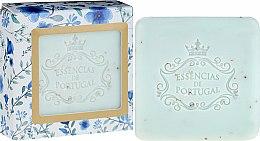 Parfums et Produits cosmétiques Essencias De Portugal Violet And Apricot Kernel Scrub Aromatic Soap - Savon exfoliant au noyau d'abricot et violette