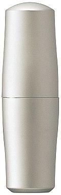 Baume protecteur à l'huile de graines de macadamia pour lèvres - Shiseido The Skincare Protective Lip Conditioner SPF 10 — Photo N4
