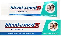 Parfums et Produits cosmétiques Dentifrice blanchissant - Blend-a-med Anti-Cavity Delicate White