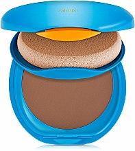 Parfums et Produits cosmétiques Fond de teint compact solaire - Shiseido Sun Protection Compact Foundation