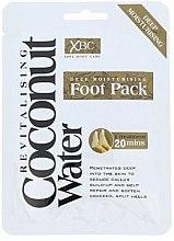 Parfums et Produits cosmétiques Masque-chaussettes pour pieds - Xpel Marketing Ltd Coconut Water Foot Pack