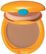 Parfums et Produits cosmétiques Fond de teint compact solaire - Shiseido Tanning Compact Foundation N SPF 6