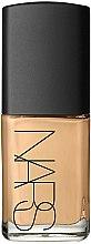 Parfums et Produits cosmétiques Fond de teint - Nars Sheer Glow Foundation